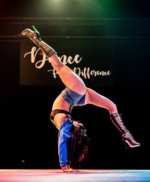 contortionist acrobat